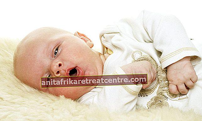 อาการไอในเด็กทารกมีดีอย่างไร? อาการไอในทารกเป็นอย่างไรด้วยวิธีธรรมชาติและสมุนไพรที่บ้าน?