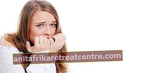 การโจมตีเสียขวัญคืออะไร? อาการเป็นอย่างไร? อาการใจสั่นและหายใจถี่เป็นอาการของการโจมตีเสียขวัญหรือไม่?