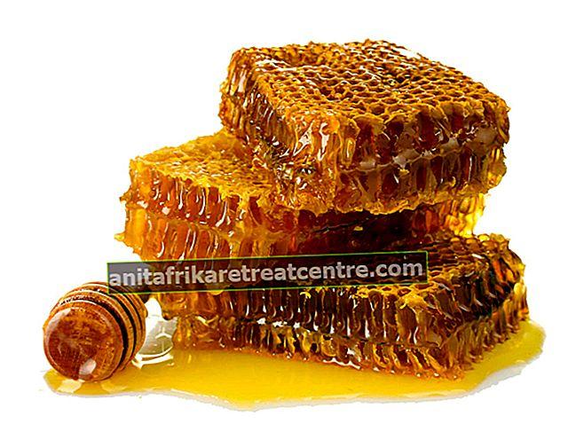 꿀의 장점과 해로움은 무엇이며, 어떤 효능이 있습니까? 일일 꿀 소비량은 얼마입니까?